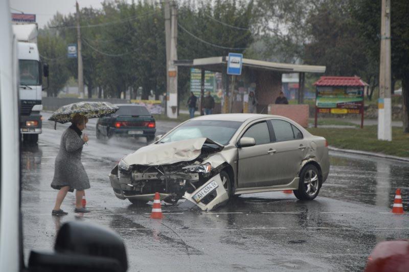 В Краматорске произошло ДТП с участием Скорой помощи, фото-1