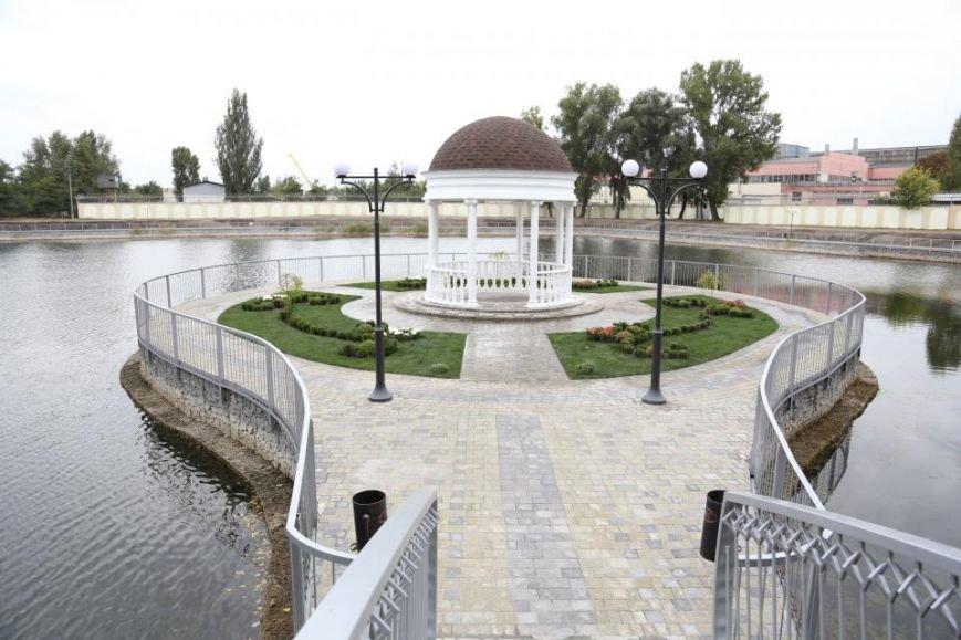 В Кременчуге технически открыли Беседку Влюбленных в Городском Саду (ФОТО, ВИДЕО), фото-7