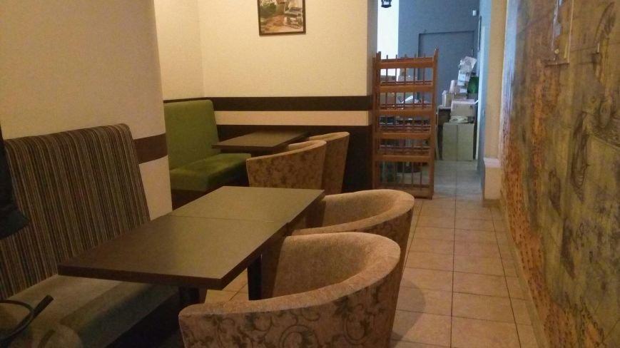 """Поесть на 100 грн: """"Esperanto Cafe"""" - совместный туалет с неработающей сантехникой (ФОТО), фото-1"""