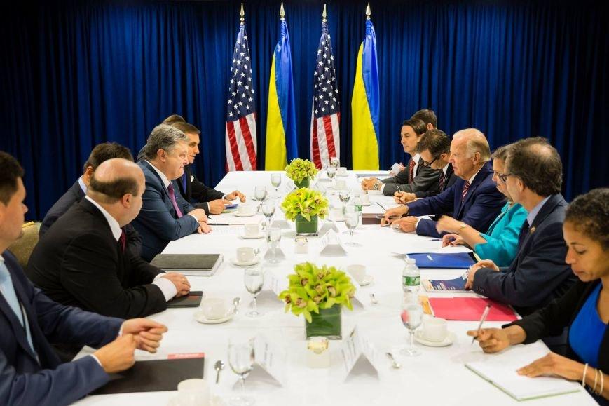 Порошенко и Байден обсудили ситуацию на Донбассе, фото-1