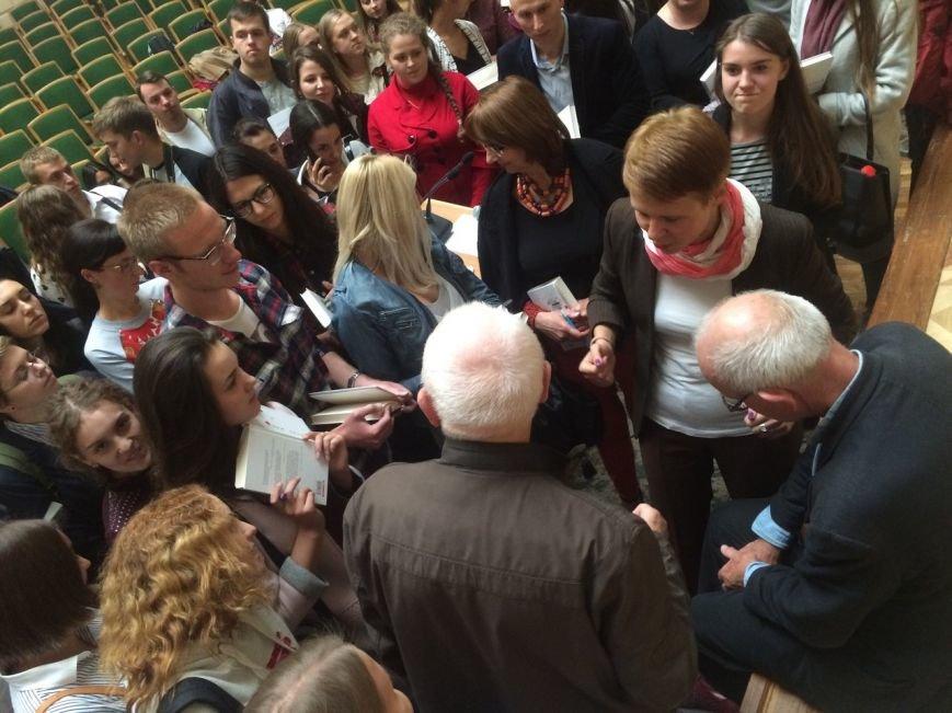 Генрі Марш прочитав у Львові лекцію і влаштував автограф-сесію (ФОТО), фото-7
