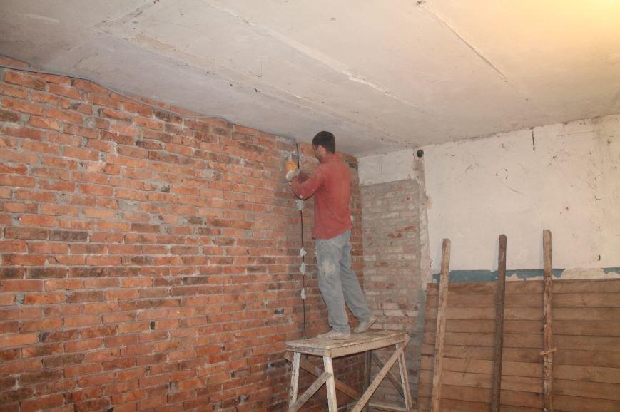 В Бахмуте продолжается реконструкция общежитий (ФОТО), фото-9