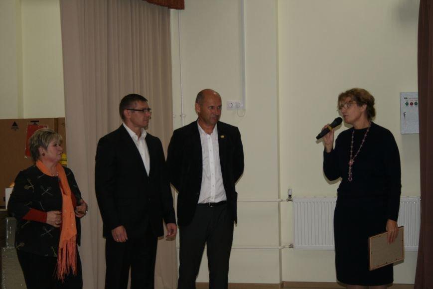 «Чемпионы с нашего двора»: школьники Троицка встретились со спортсменками, фото-8