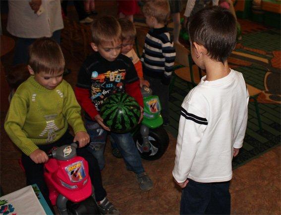 Полицейские посетили подопечных - детей, проживающих в областном Доме ребенка (ФОТО, ВИДЕО), фото-7