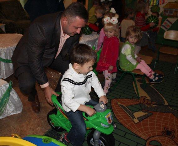 Полицейские посетили подопечных - детей, проживающих в областном Доме ребенка (ФОТО, ВИДЕО), фото-8