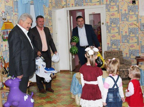 Полицейские посетили подопечных - детей, проживающих в областном Доме ребенка (ФОТО, ВИДЕО), фото-13