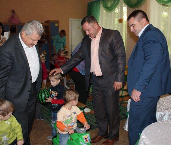 Полицейские посетили подопечных - детей, проживающих в областном Доме ребенка (ФОТО, ВИДЕО), фото-10