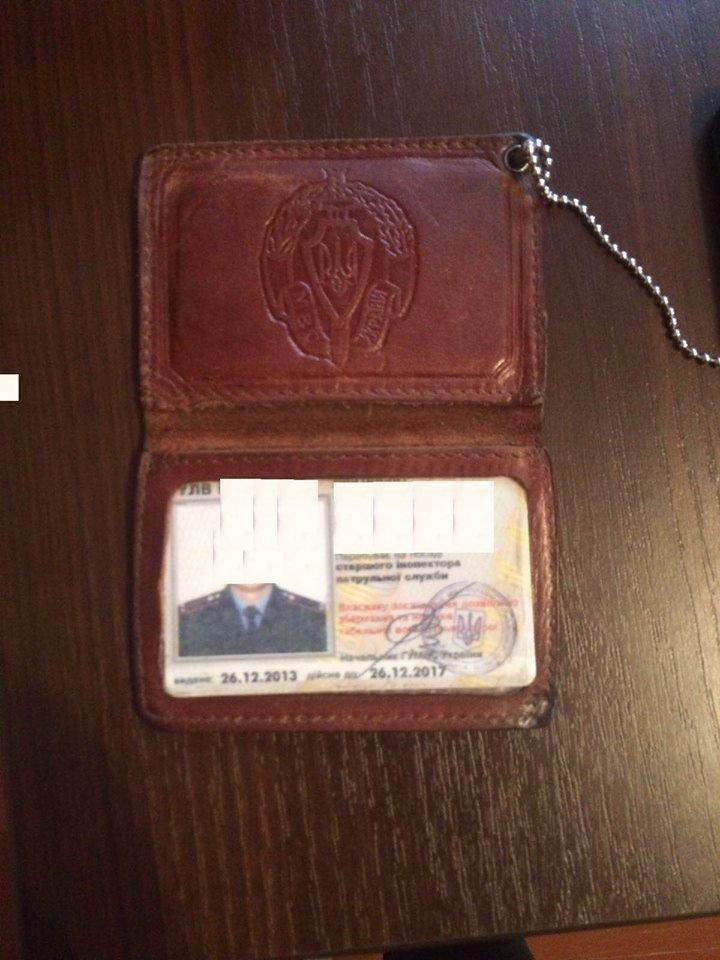 У Львові впіймали на хабарі інспектора Управління патрульної поліції, фото-4