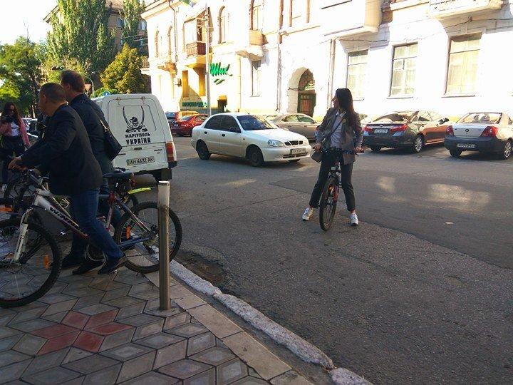 Мариупольские депутаты приехали на сессию горсовета на велосипедах (ФОТО), фото-5