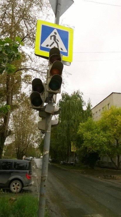 На оживленном перекрестке северной части не работает светофор, фото-3