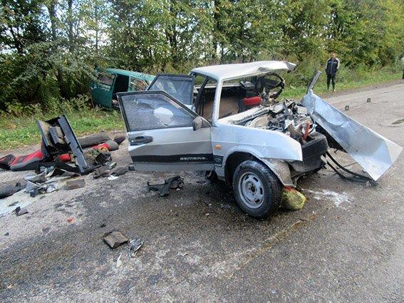 З'явилися фото з місця смертельної ДТП, що трапилася вчора, фото-5