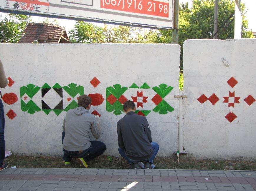 Патриоты украшают центральный проспект к Дню города, фото-5