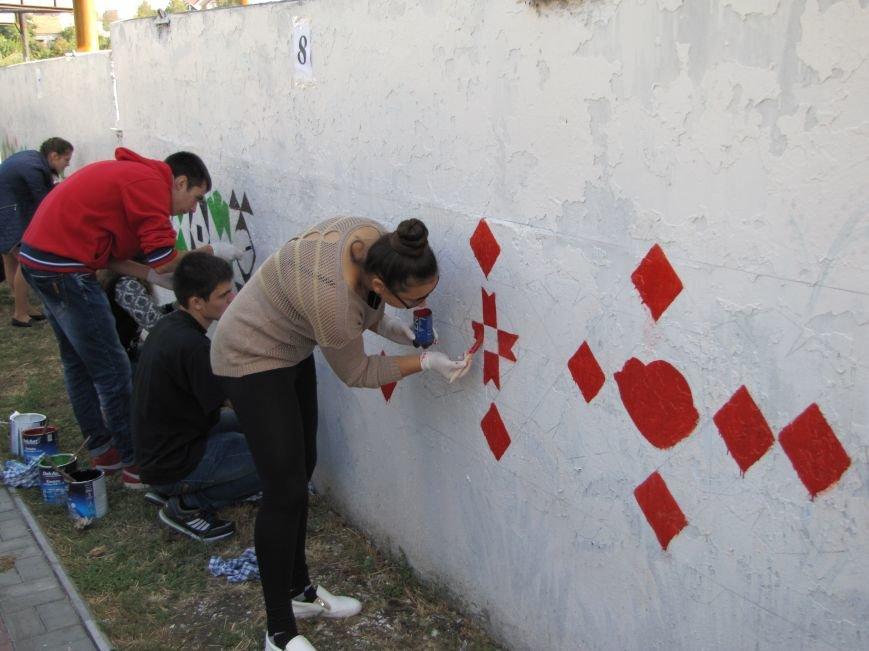 Патриоты украшают центральный проспект к Дню города, фото-3
