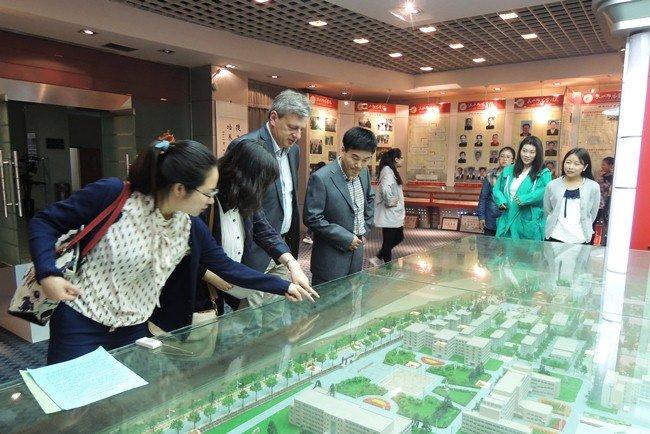 Ректор Прикарпатського університету побував на форумі в Китаї (ФОТО), фото-2
