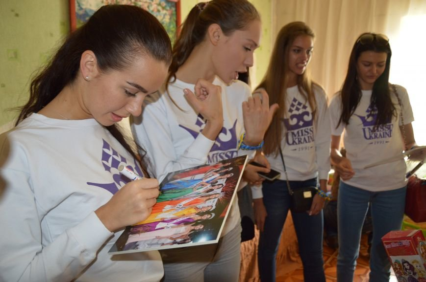 Авдеевку посетили самые красивые девушки Украины (ФОТО), фото-2