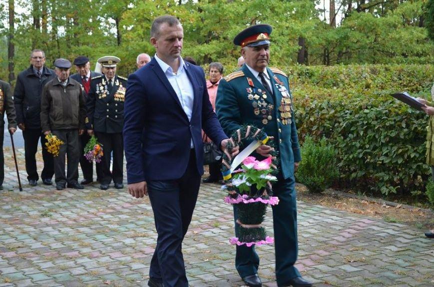 У Новоград-Волинському районі відбувся мітинг у честь безсмертних героїв-партизанів, фото-2