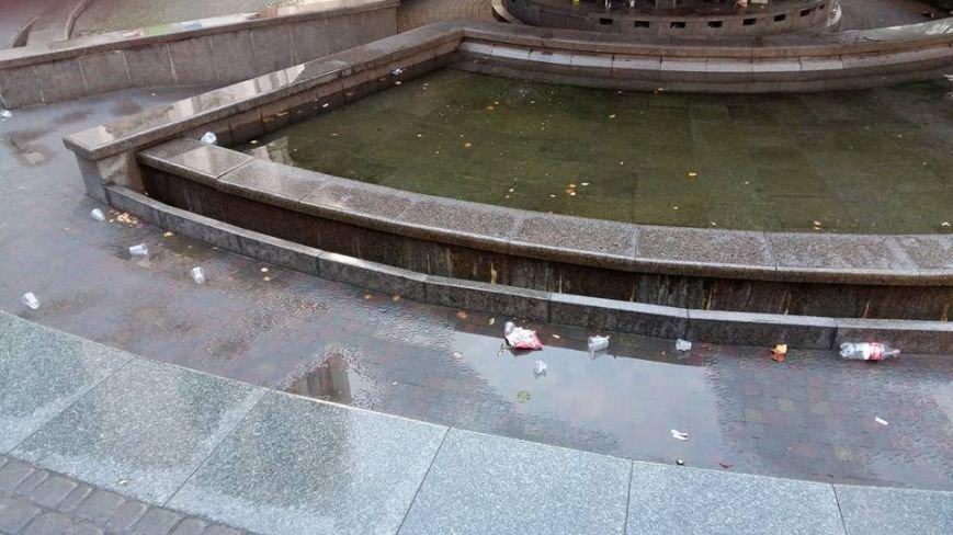 Ранковий Франківськ: безліч сміття в самому центрі міста (ФОТО), фото-2