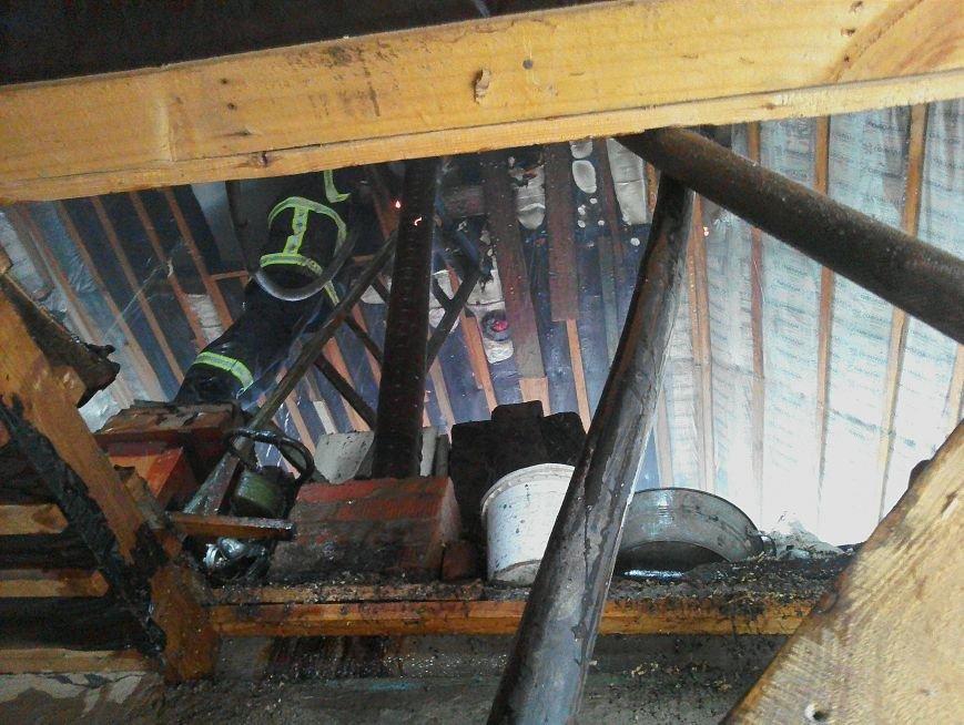 В Кременчуге загорелся жилой дом из-за неисправности дымохода (ФОТО), фото-1