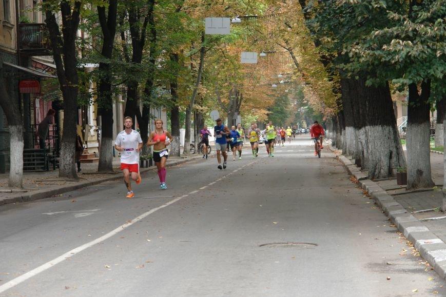 В Івано-Франківську відбувся щорічний півмарафон. Фоторепортаж, фото-19
