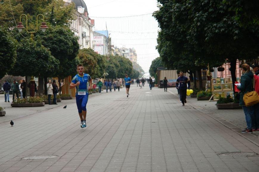 В Івано-Франківську відбувся щорічний півмарафон. Фоторепортаж, фото-18