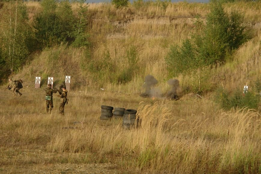 Як прикарпатські бійці АТО проходили бойовий вишкіл (ФОТОРЕПОРТАЖ), фото-12