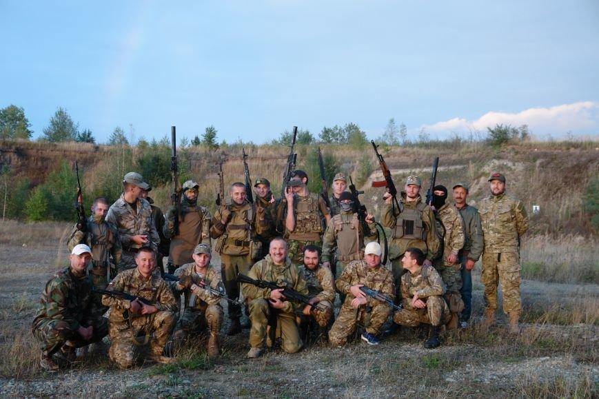 Як прикарпатські бійці АТО проходили бойовий вишкіл (ФОТОРЕПОРТАЖ), фото-19