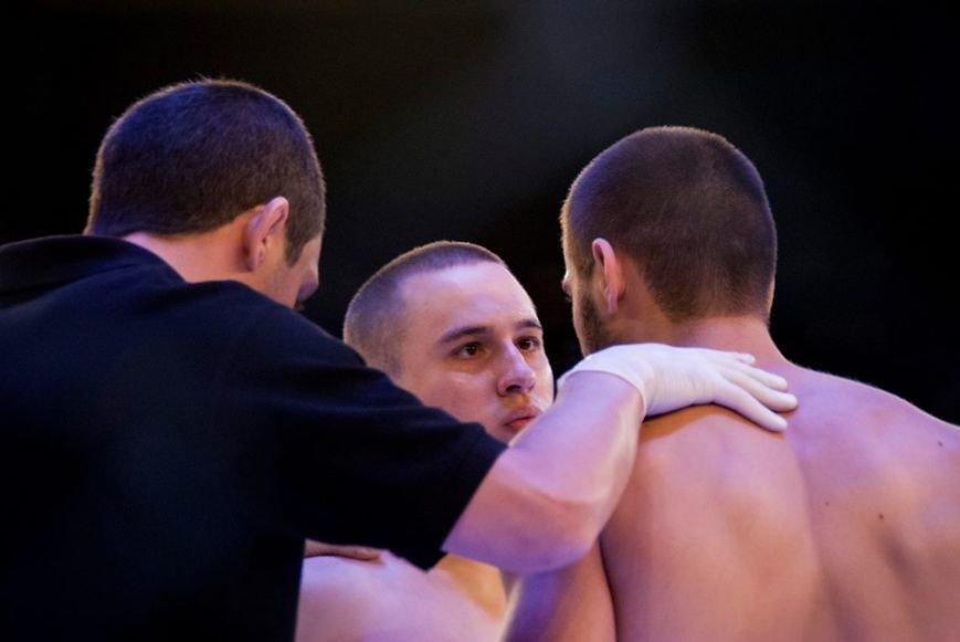 У Львові відбувся турнір зі змішаних єдиноборств: 15 яскравих фото про те, як це було (ФОТОРЕПОРТАЖ), фото-8