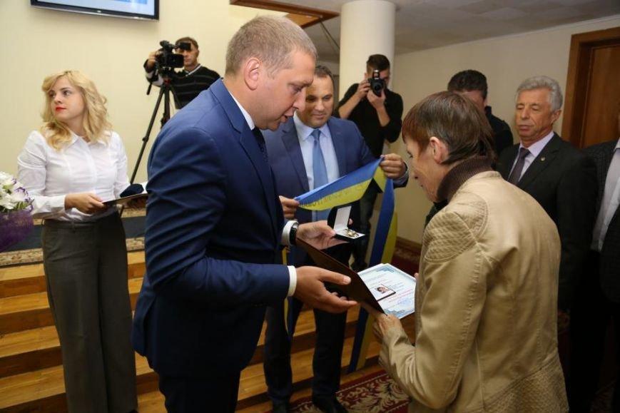 Сегодня в Кременчуге стало на двух почётных граждан города больше (ФОТО), фото-2