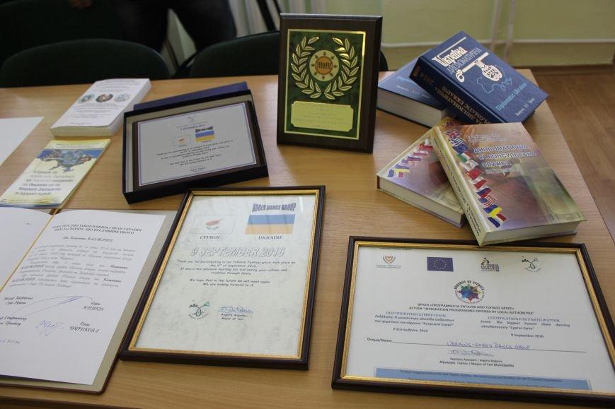 За 10 лет консульство Кипра в Мариуполе выдало 3 тысячи виз (ФОТО), фото-2