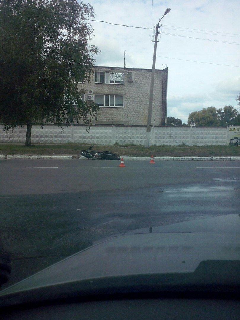 В Кременчуге Таврия столкнулась с мопедом. Есть пострадавший (ФОТО), фото-2