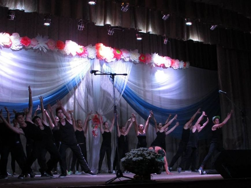 У Новограді-Волинському привітали освітян із професійним святом, фото-2