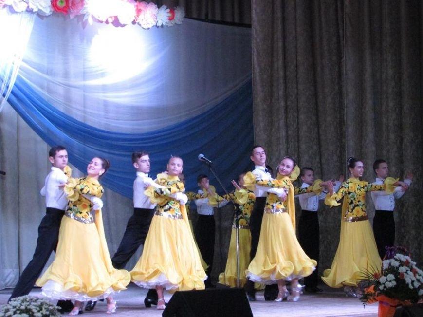 У Новограді-Волинському привітали освітян із професійним святом, фото-3