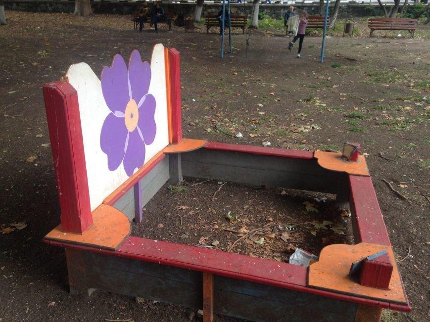Позор Симферополя – детская площадка возле Дворца детского и юношеского творчества (ФОТОФАКТ), фото-6