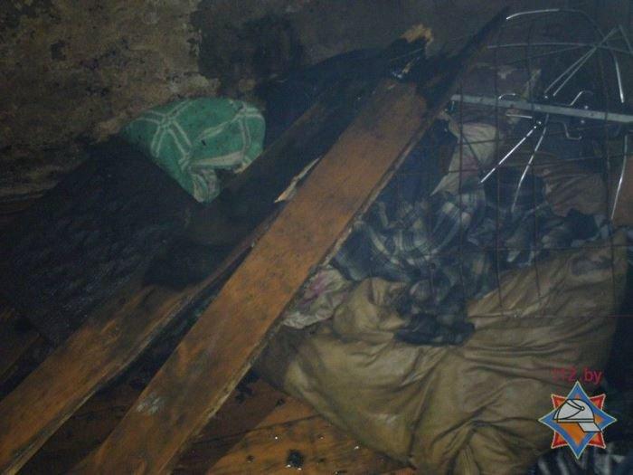 В Поставах горел трёхквартирный дом: двух мужчин госпитализировали, фото-1