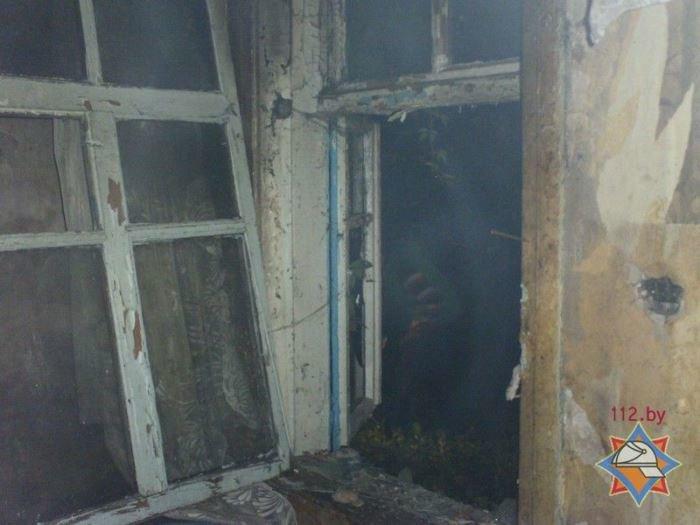 В Поставах горел трёхквартирный дом: двух мужчин госпитализировали, фото-2