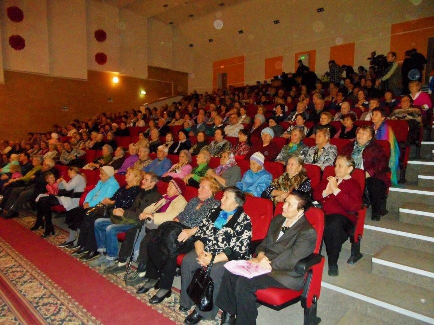 День Старшего поколения отпраздновали в школе искусств Троицка, фото-4