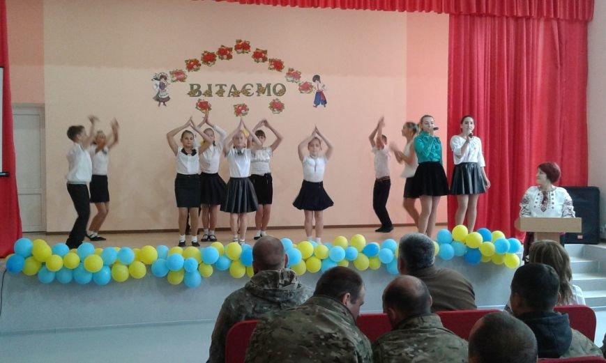В Авдеевке проходит  творческая встреча Богдана Бенюка с авдеевскими школьниками (ВИДЕО/ФОТО), фото-12
