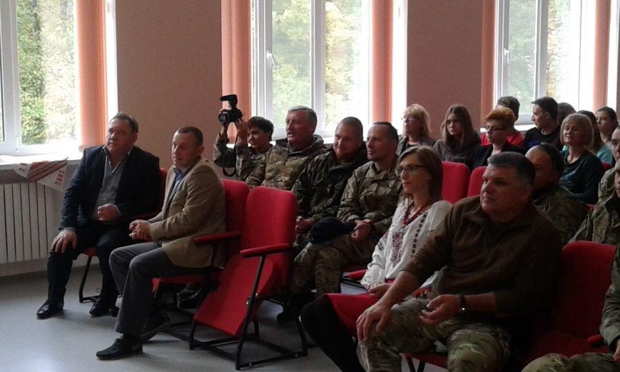 В Авдеевке проходит  творческая встреча Богдана Бенюка с авдеевскими школьниками (ВИДЕО/ФОТО), фото-10