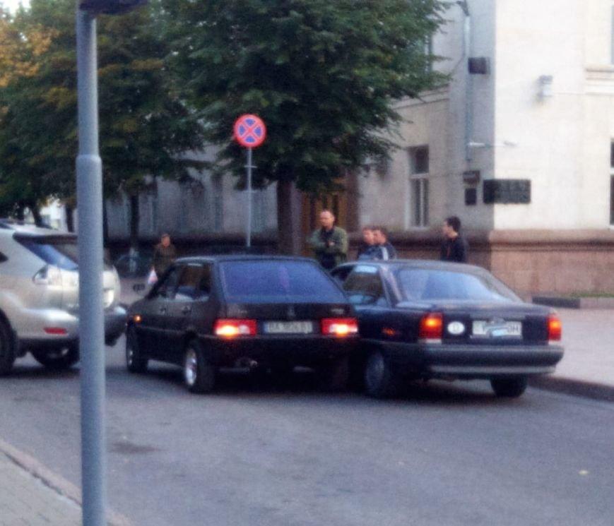 В Кропивницком столкнулись два авто (ФОТО), фото-1