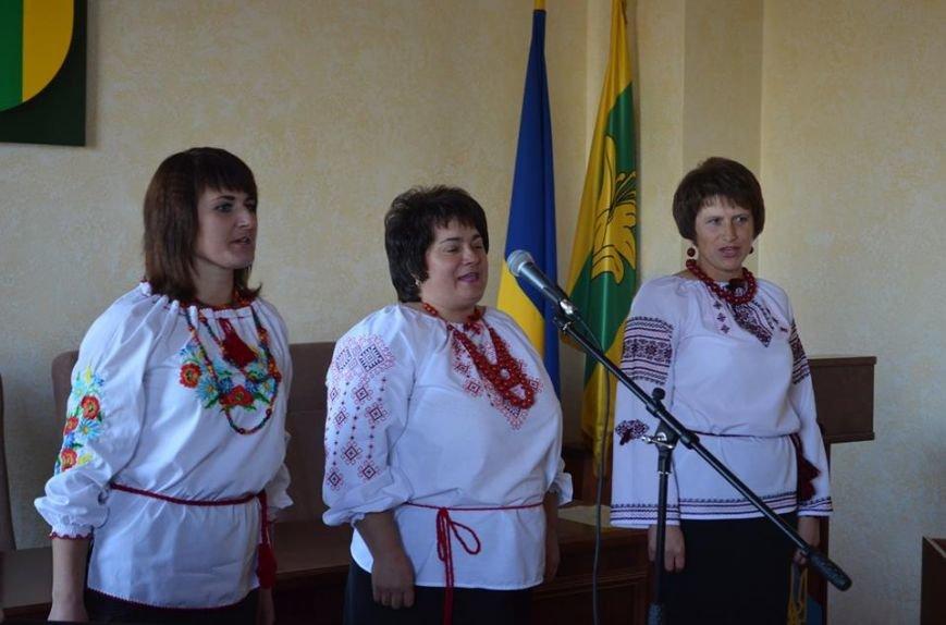 Освітянська родина Новоград-Волинського району відзначила своє професійне свято, фото-2