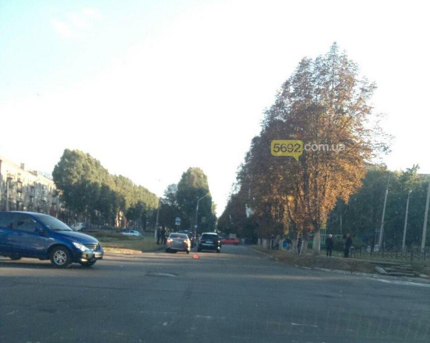 Машина с депутатом облсовета попала в ДТП в центре Каменского, фото-2