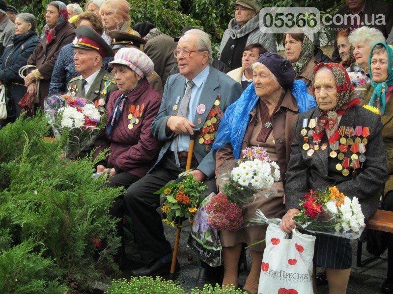 На митинге, посвящённом 73-летию освобождения Кременчуга, сын освободителя рассказал о том, как это было (фото и видео), фото-1