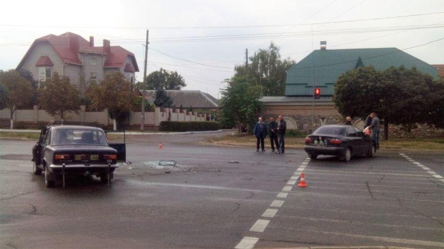 В Кропивницком произошло серьезное ДТП: пострадало два человека (ФОТО), фото-1