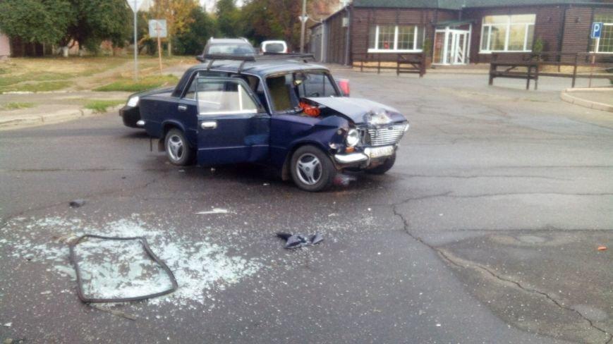 В Кропивницком произошло серьезное ДТП: пострадало два человека (ФОТО), фото-4