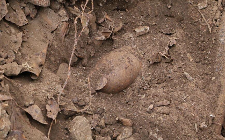 """В Мариуполе на территории """"Азовстали"""" нашли авиационные бомбы(ФОТО), фото-2"""