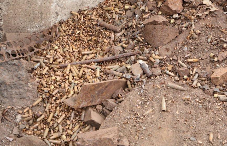 """В Мариуполе на территории """"Азовстали"""" нашли авиационные бомбы(ФОТО), фото-5"""