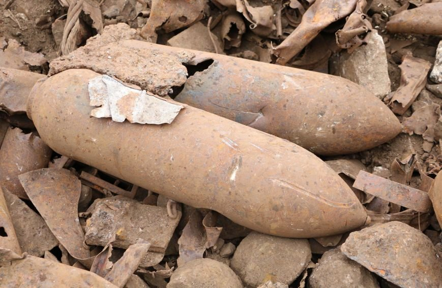 """В Мариуполе на территории """"Азовстали"""" нашли авиационные бомбы(ФОТО), фото-3"""