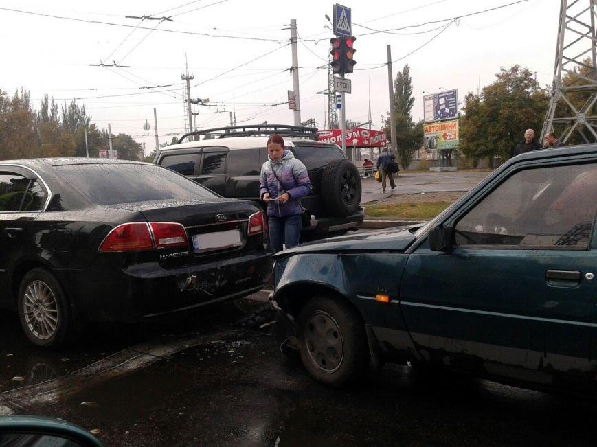 В Кременчуге на проспекте Свободы произошли сразу два ДТП по одной и той же причине (ФОТО), фото-4