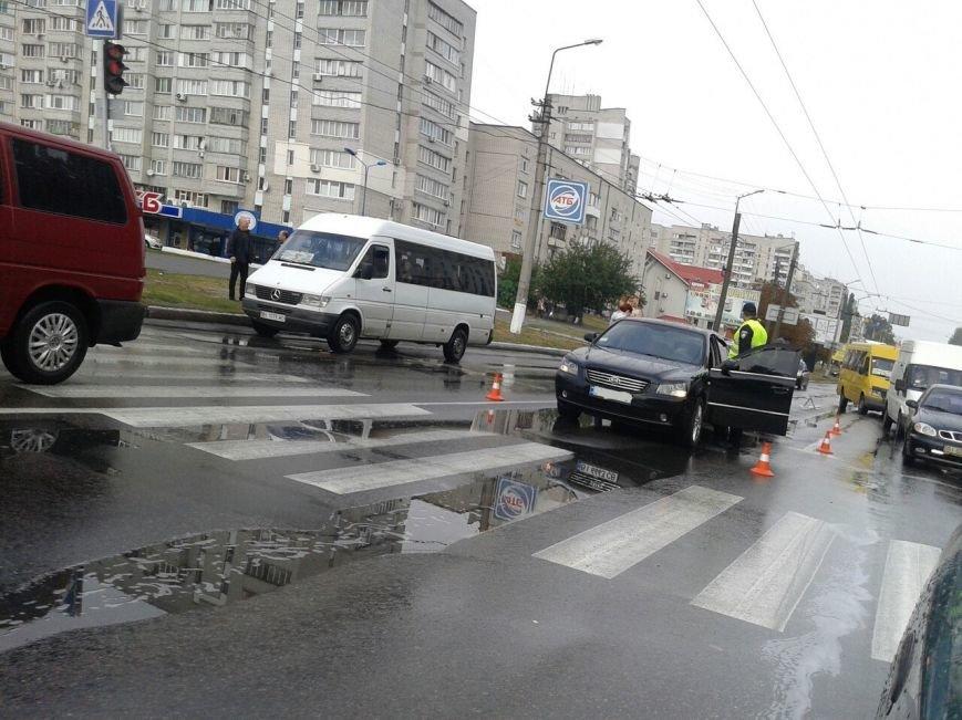 В Кременчуге на проспекте Свободы произошли сразу два ДТП по одной и той же причине (ФОТО), фото-6