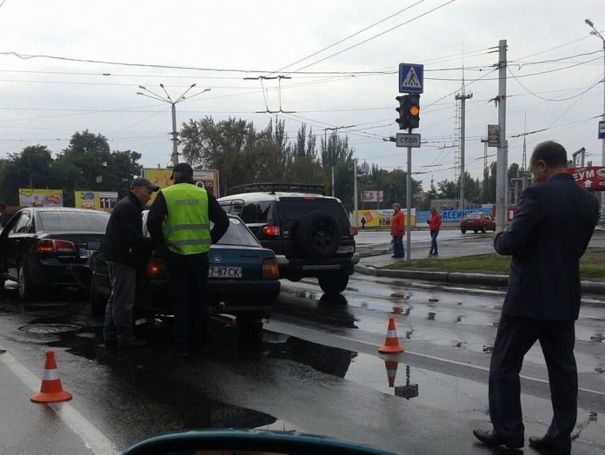 В Кременчуге на проспекте Свободы произошли сразу два ДТП по одной и той же причине (ФОТО), фото-3